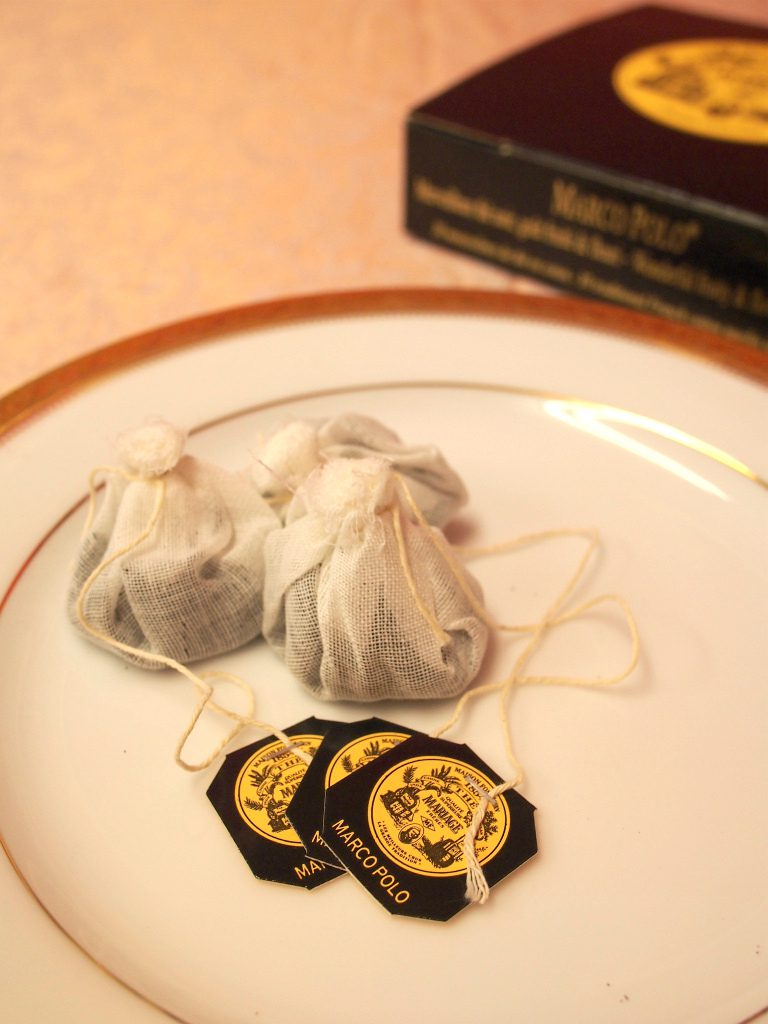 マリアージュフレールでは代表的な紅茶のマルコポーロを含め約40種類の紅茶がティーバッグとして販売されています。