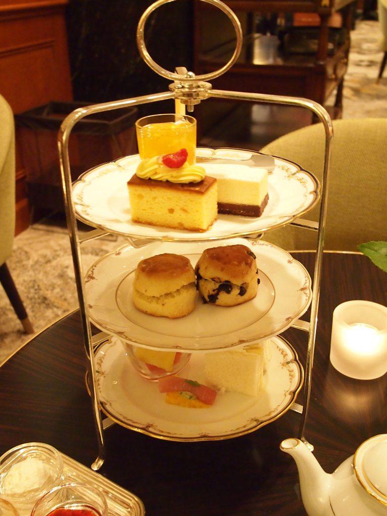 こちらは名古屋マリオットアソシアホテル「シーナリー」のアフタヌーンティー1人分です。