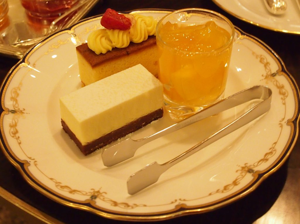 marriottassocia scenery afternoontea sweets