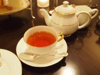 名古屋マリオットアソシアホテル ロビーラウンジ シーナリーのアフタヌーンティーの紅茶