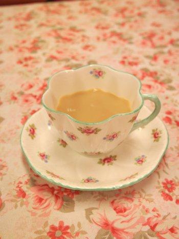 ルフナはミルクティーによく合う紅茶です。