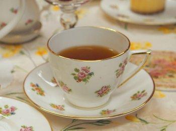 キャンディは紅茶の水色(すいしょく)がきれいな紅茶です。