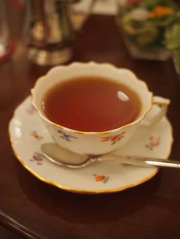 ロイヤルクリスタルカフェのアフタヌーンティーの紅茶