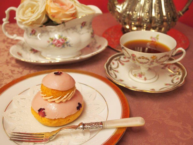 ラデュレの「ルリジューズ・ローズ・フレーズ」と紅茶