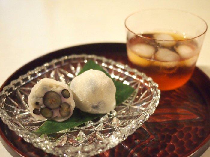 アイスティーのグラスはロブマイヤーのαタンブラーです。