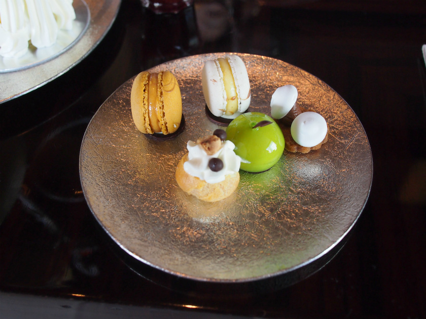 palacehotel prive afternoontea plate2