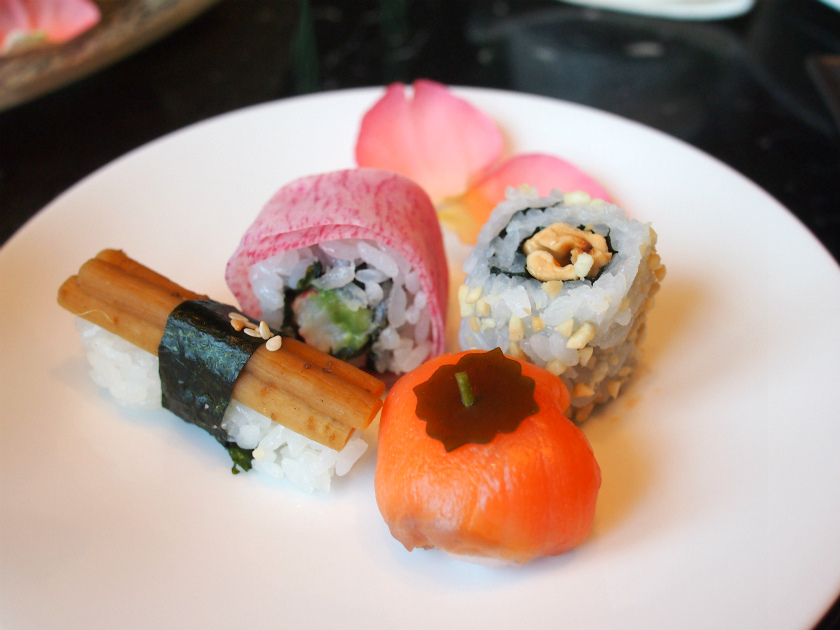 1段目と3段目のお寿司