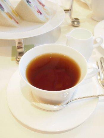 千疋屋総本店 日本橋本店のアフタヌーンティーの紅茶