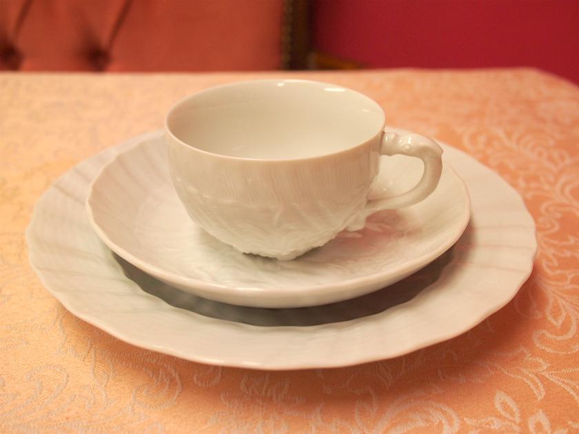 マイセンのスワン ホワイトのカップ&ソーサ