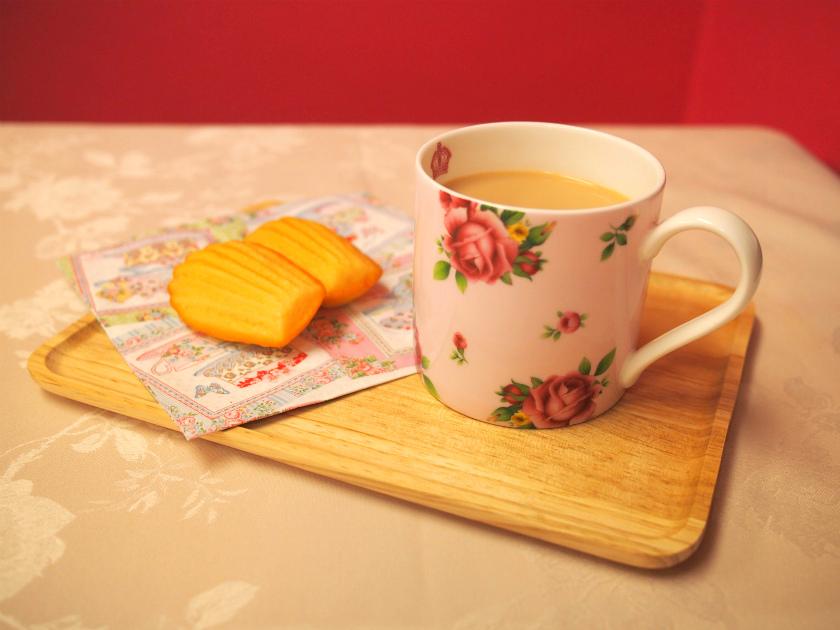 マグカップは朝食の時や一人でちょっとお茶する時にとっても便利。