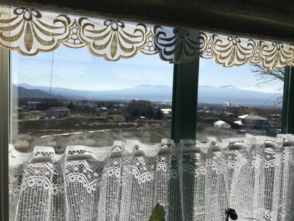 高台にあるので、窓からの眺めも素敵です。