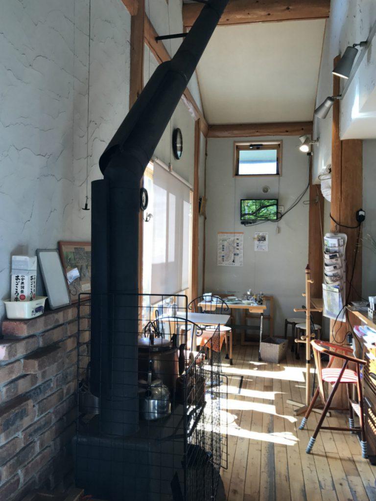 壁側にある煙突のカバー