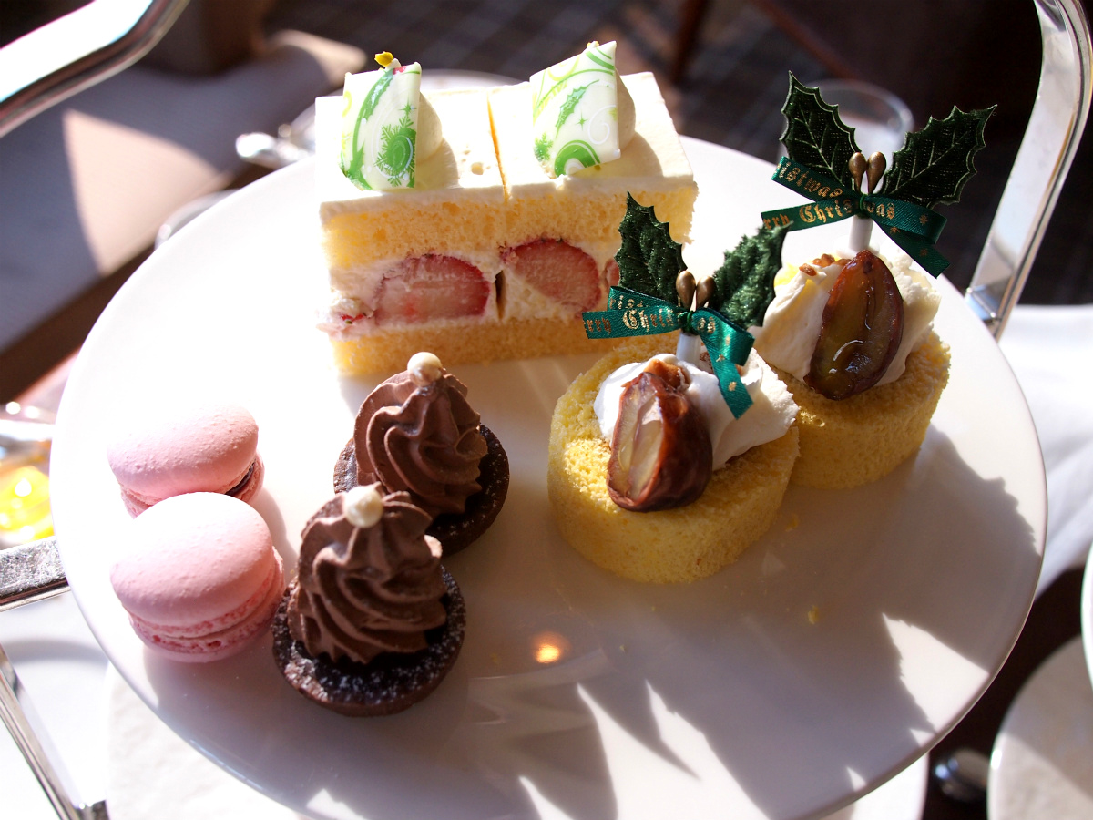 imperial-aqua-2017xmas-afternoontea-sweets1