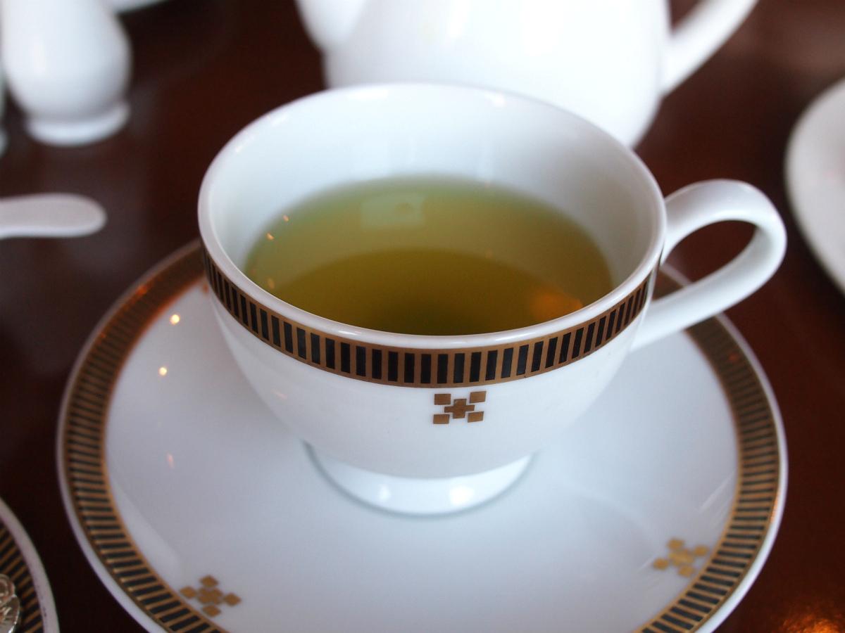 こちらは緑茶。〆はさっぱりしたかったので緑茶にしました。