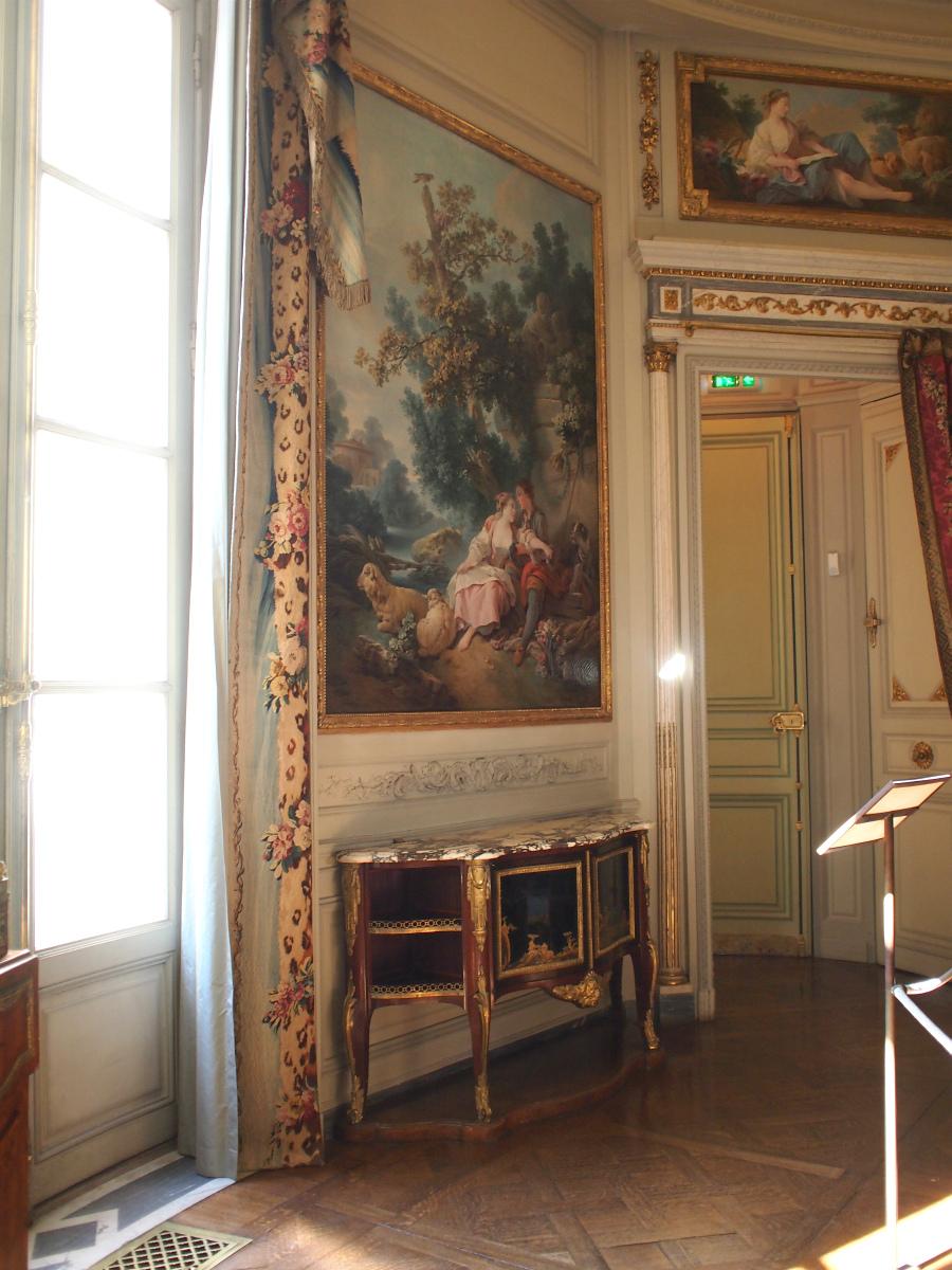 絵画もたくさん飾られています。