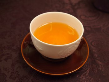 <お菓子と紅茶のマリアージュ>彦根の銘菓 いと重の「埋れ木」に合う紅茶は?
