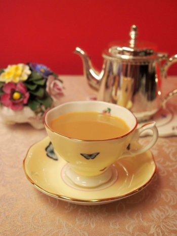 上質なアッサムはストレートでも美味しいけれど、やっぱりミルクティーが合う紅茶です。