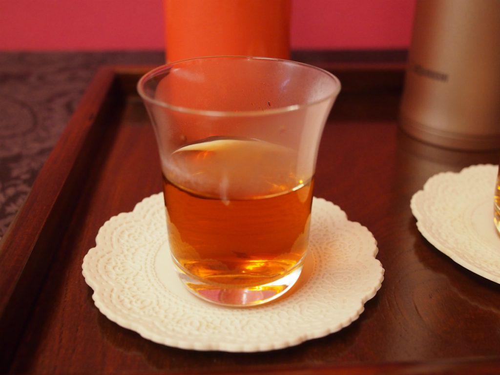 こちらはキャンディ。色も綺麗で、紅茶の香りもちゃんとあります。