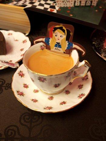 アールグレイはミルクティーにしても美味しい紅茶です。