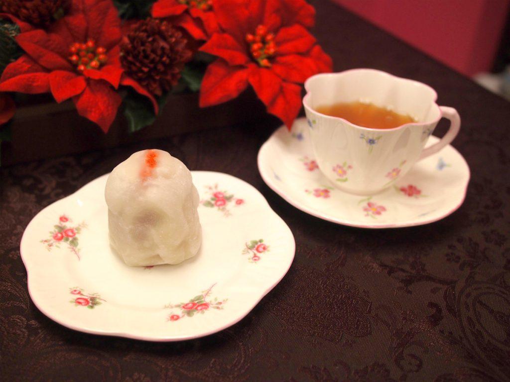 微笑庵の「ちごもち」と紅茶