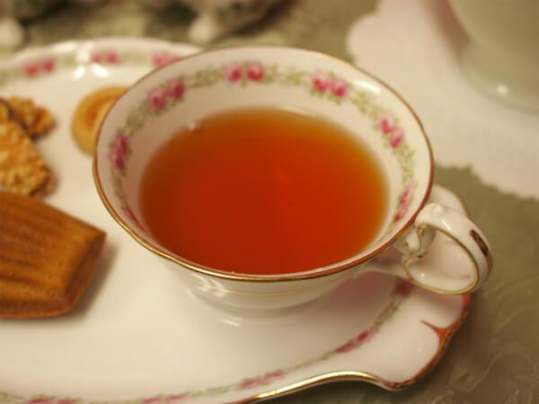 アッサムは栗やサツマイモの様な甘い香りのする紅茶です。