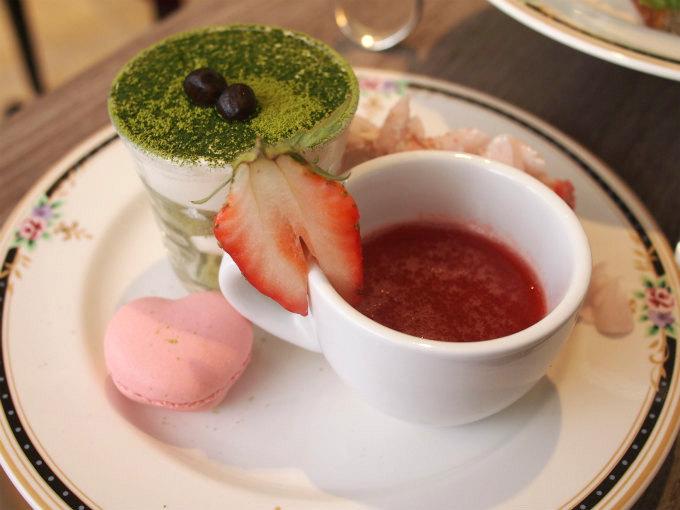 ninas shinjuku afternoontea sweets1