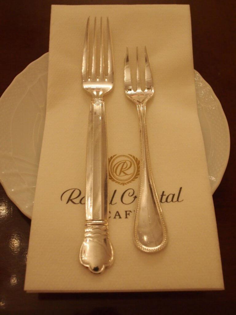royalcrystalcafe2018 afternoontea cutlery