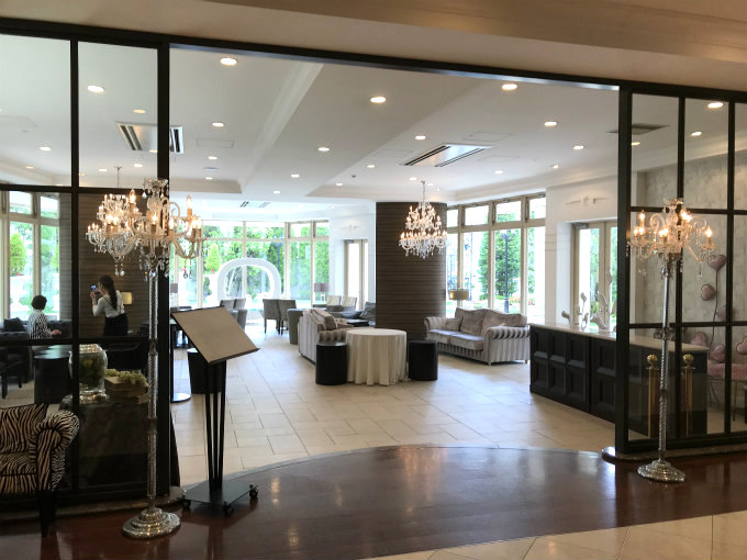 結婚式場なので素敵なお部屋がたくさんありました。