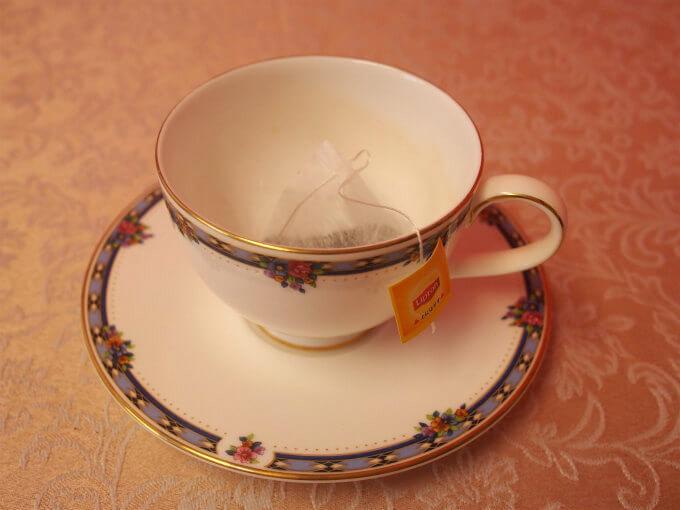 ティーカップの時は短いままで使用します。