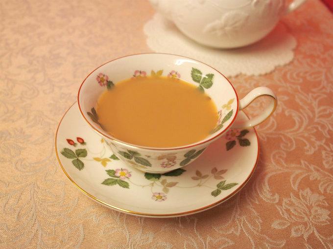 ディンブラはミルクティーにしても美味しい紅茶。スッキリとしたミルクティーになります。