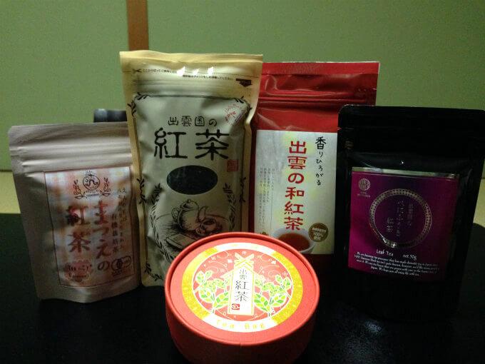 こちらは松江城の近くを探索していた時に買った和紅茶。一番右の西製茶所の紅茶がとても美味しかったです。左から2番目の紅茶も西製茶所のもの。こちらはぜんざいを食べたお店で出された紅茶です。