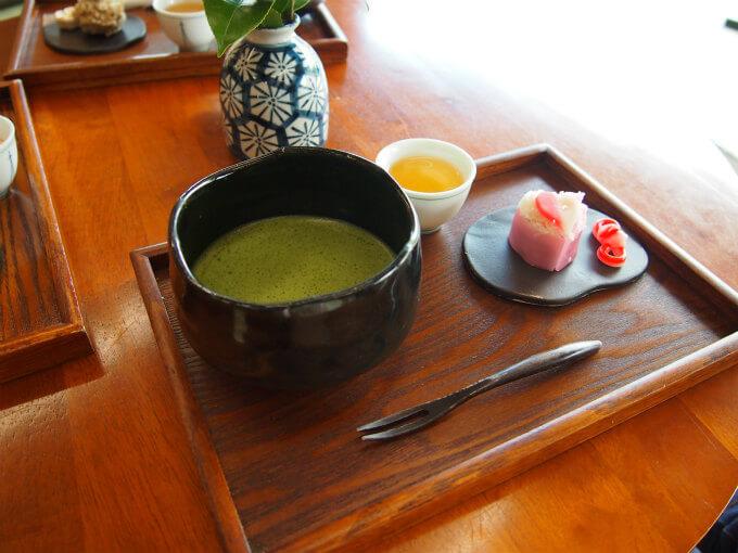 きはるの抹茶と和菓子のセット