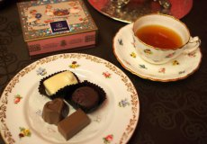 leonidas chocolate whole1