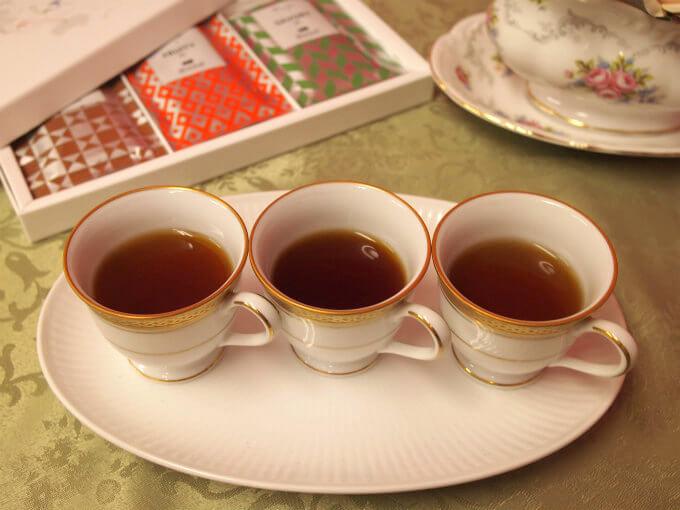 紅茶は左から ウバ、ディンブラ、キームン