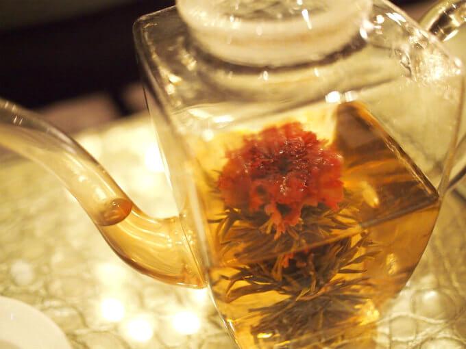 マザーオブラブはカーネーションが入った中国茶。