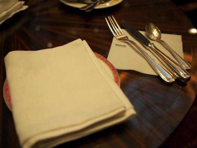 ウェスティン東京「ザ・ラウンジ」の食器