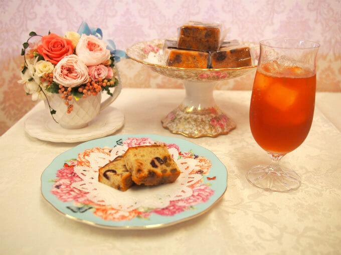 国立フォルテのドライフルーツケーキと紅茶
