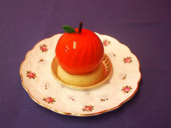 henri charpentierr apple piece1