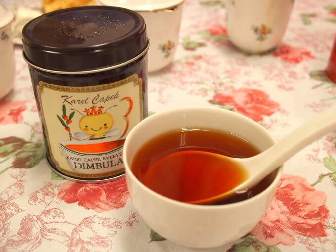 私がカレルチャペックで一番購入しているのが、ディンブラ。ディンブラにエブリデイと付けられているのは毎日飲んで欲しいという思いからだそうです。ほんとに毎日飲みたくなるくらい、飽きの来ない美味しい紅茶です。