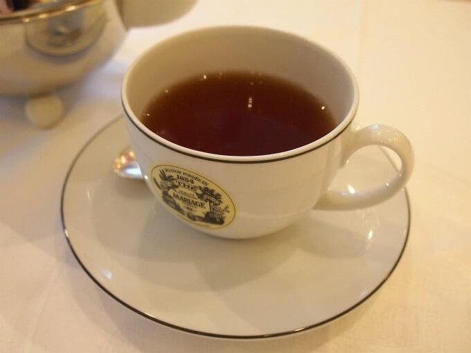 こちらはラトナピュラ。セイロンのロウグロウンティーでサバラガムワやルフナとして出荷されることも多い紅茶。渋味が弱くまろやかでチョコレートのような甘い香りのする紅茶。こちらもミルクティーにぴったり。