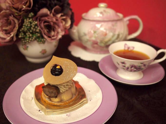 恵那川上屋のマロンカシスと紅茶