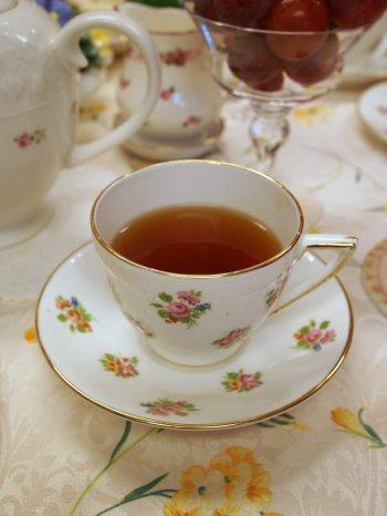 quatre panda pudding kandy tea1