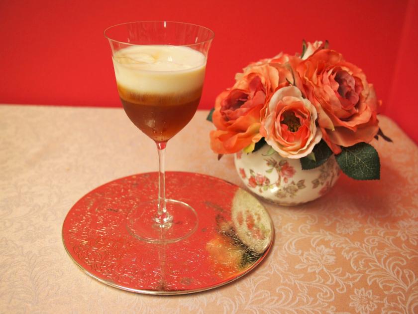 <紅茶レシピ>美しい2層のアイスティー!セパレートアイスミルクティーの作り方