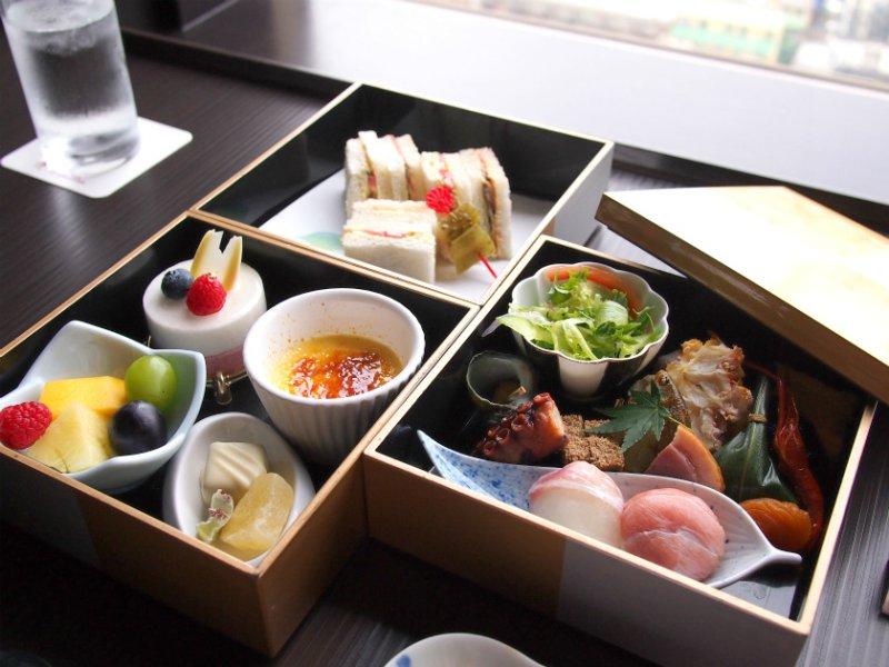 東武ホテルレバント東京 レストラン簾 のアフタヌーンティーセット