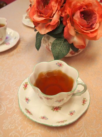public sweets tartandpie nilgiri tea1