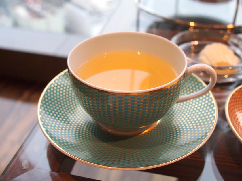 こちらはマンダリンオリジナルブレンド。烏龍茶ベースのフルーティーなお茶。
