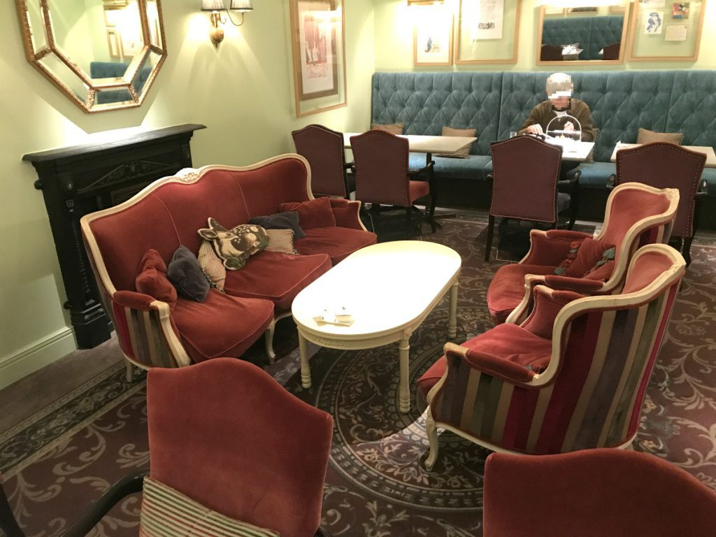 patisserie pavlov interior2