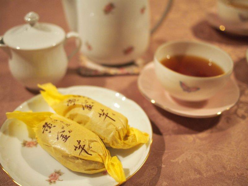 壽堂の黄金芋と紅茶