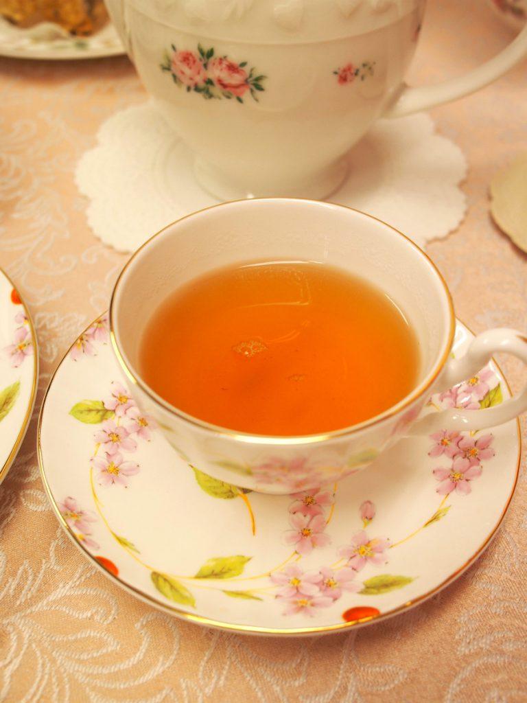 OPのディンブラはBOPのディンブラよりも茶液の色も薄くなります。