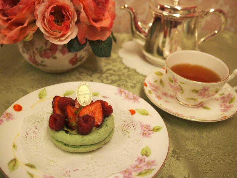 ラデュレのアルモニーと紅茶